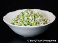 Fresh Broccoli Salad with Raisins and Sunflower Seeds Recipe